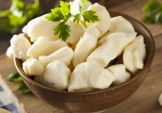 On The Move Organics, White Cheddar Cheese Curds