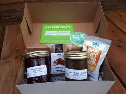 On The Move Organics Gift Pack