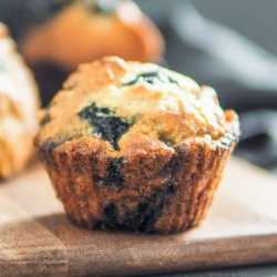 On The Move Organics, Blueberry Banana Muffins - 5 Muffins