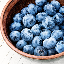 On The Move Organics, Frozen Local Blueberries